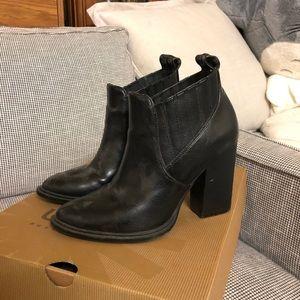 Black ankle heeled booties